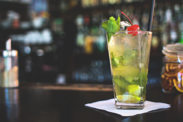 Grab A Drink: River North Bars You Must Try | OneEleven